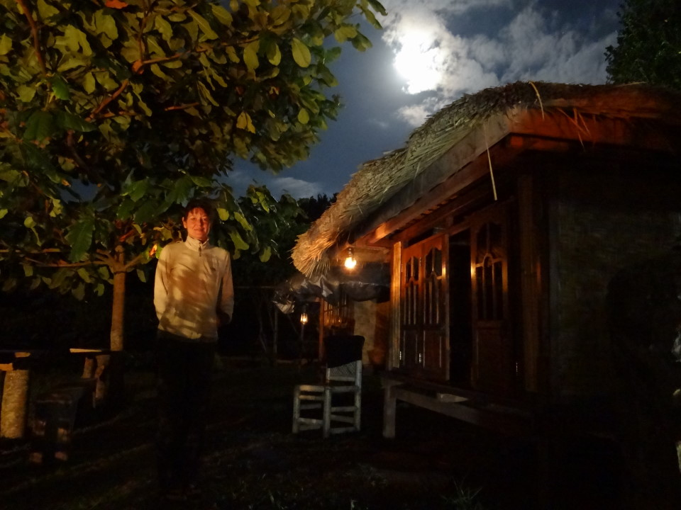 Lombok, Rinjani Mountain Garden, full moon