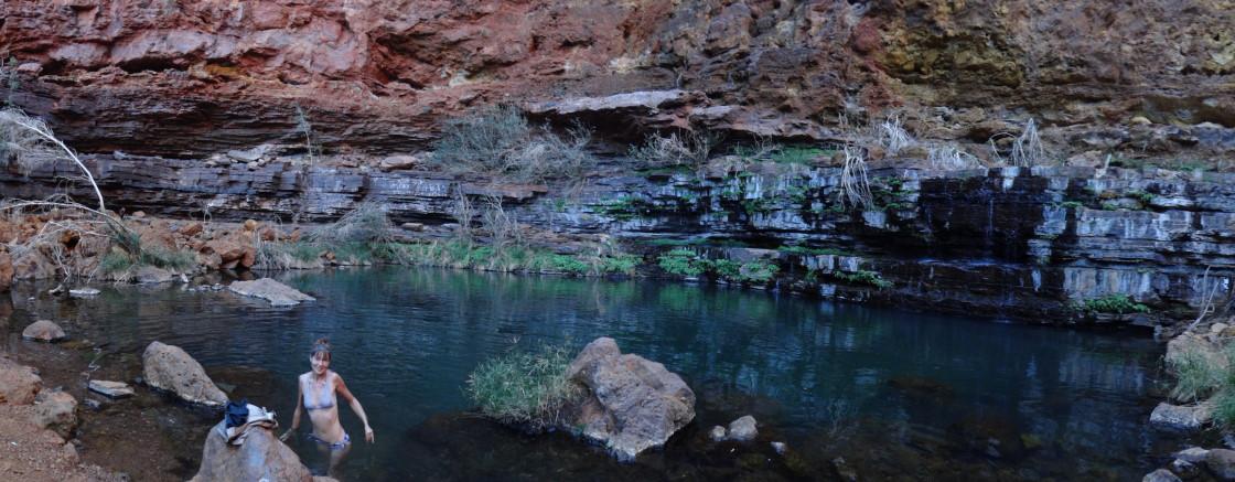 circular pool, Dales Gorge,  Karijini