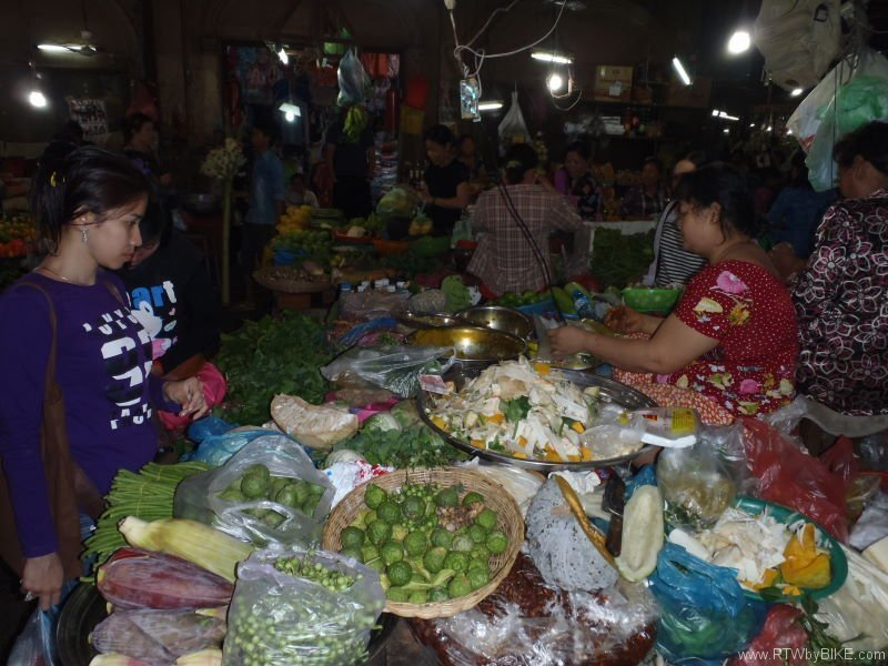 always the best to go if you are hungry: food market,  Siam Reap