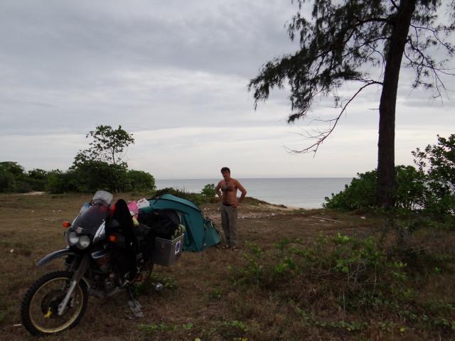 beach camp wake up