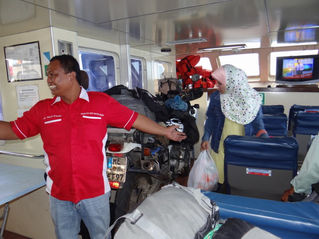 the ferry guys welcoming us