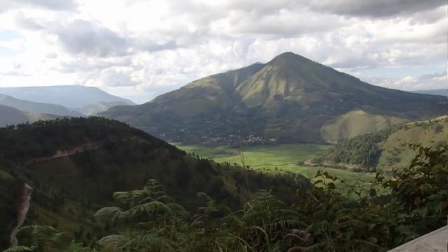 the extinct volcano, Danau Toba, Sumatra
