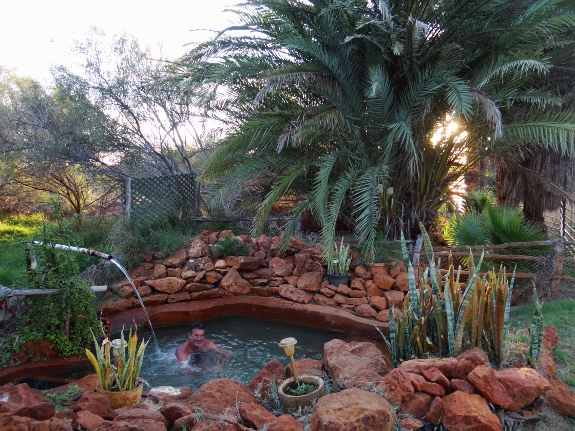 John`s hot spring - like a spa in paradise!