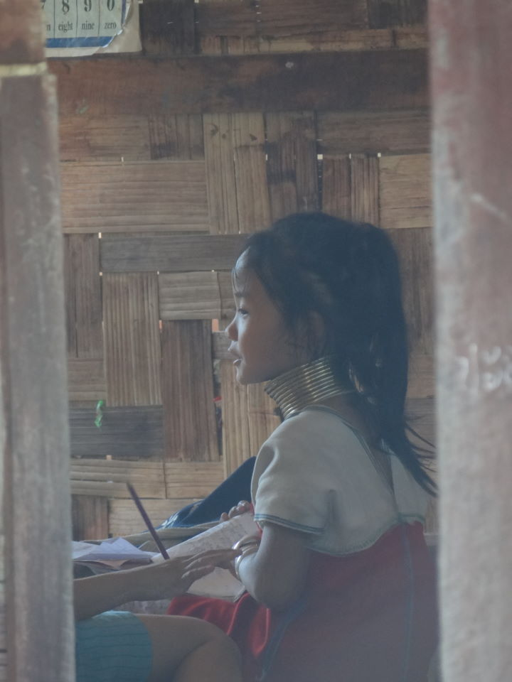 Visiting the Kayan (Long-neck) people