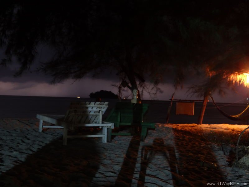 night spirit, Otres Beach, Sihanoukville
