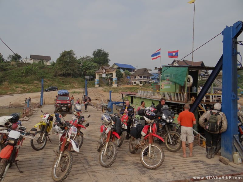 the ferry is going over to Huay Xai, Laos