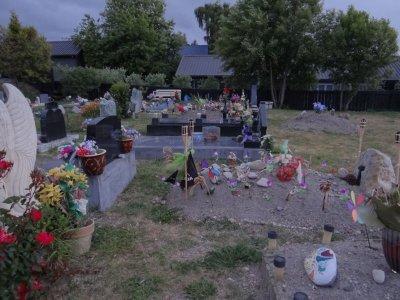 Taupo Lake - cemetery