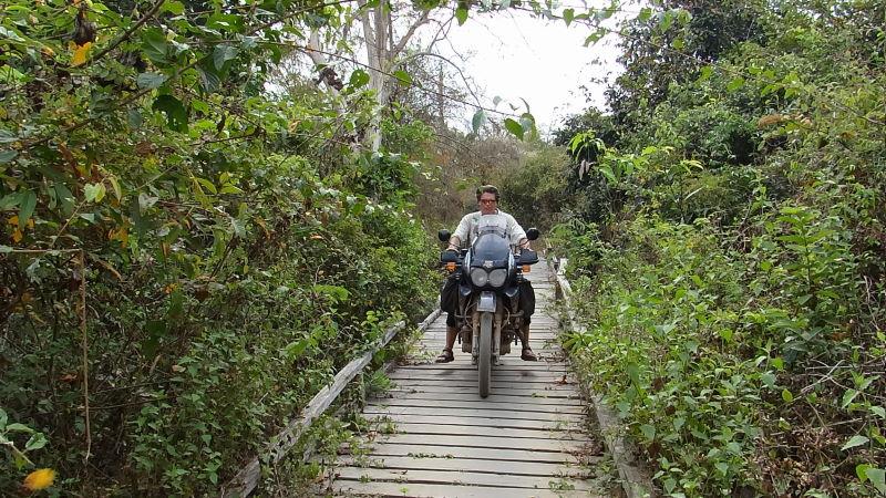 narrow pathes to explore the island, Don Khon, Four Thousand Islands