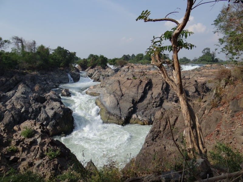 the succession of rapids stretch 9.7 km of the river\'s length